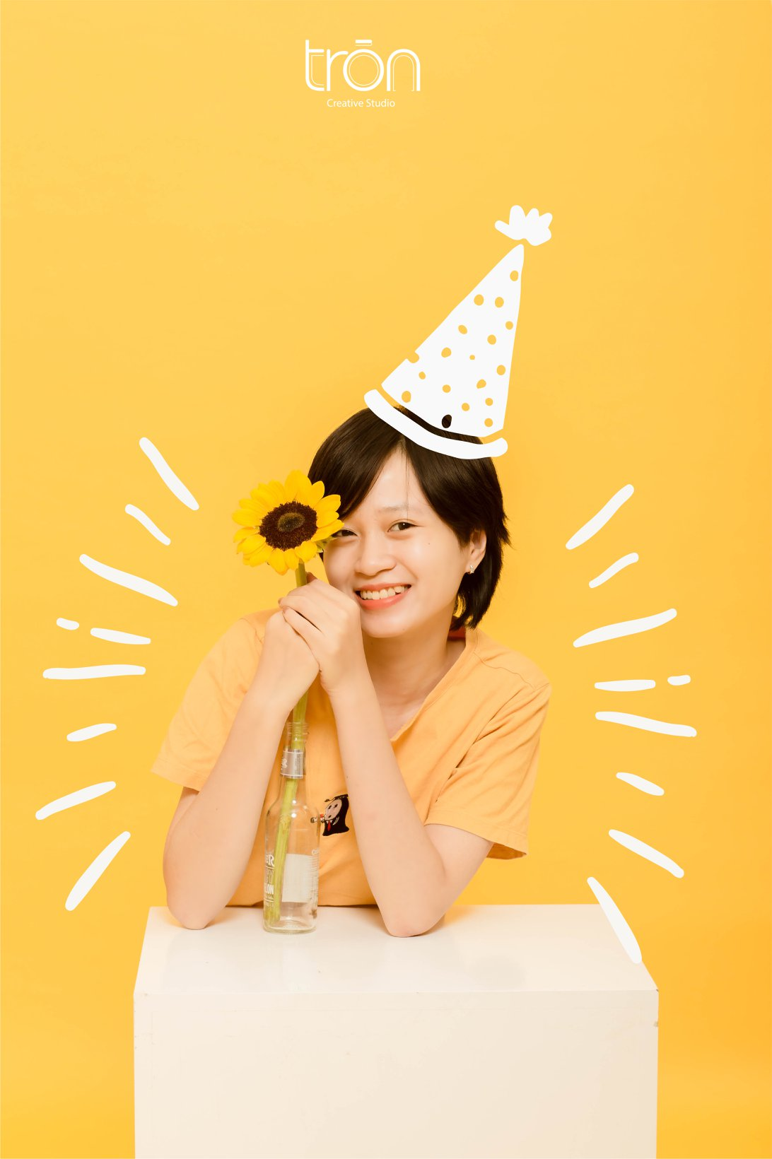 Copcept yellow-girl
